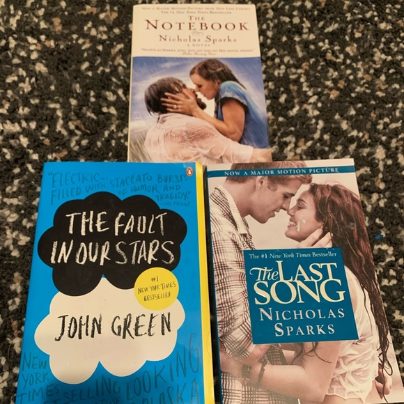 LOVE Book Bundle 🌸